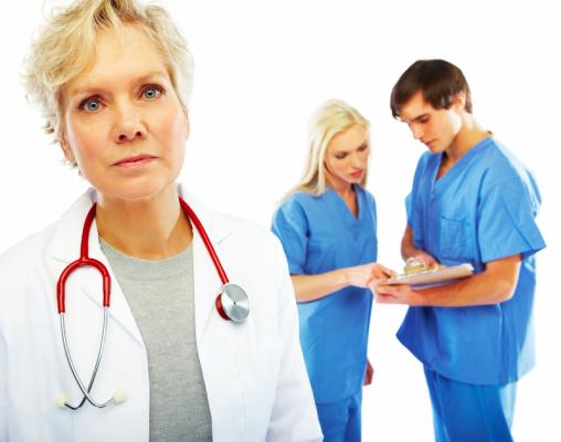 Naturalne czy farmakologiczne leczenie objawów?