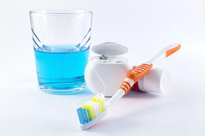 płyn do płukania jamy ustnej