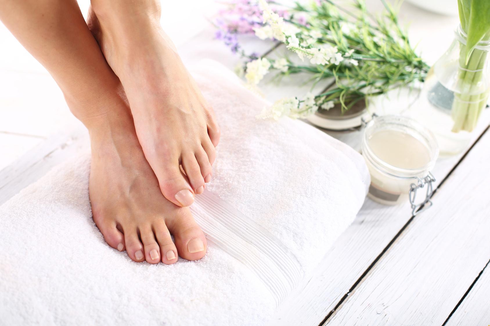 sposoby pielęgnacji stóp